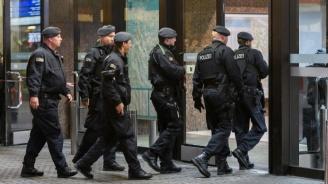 Мъж намушка четирима с нож в Марсилия
