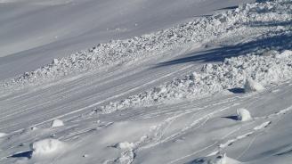 Един човек е загинал от падналата лавина в швейцарския курорт Кран Монтана