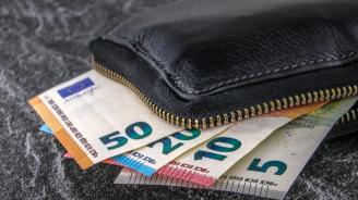 Прокуратурата разкри престъпните схеми банковата служителка, присвоила 445 200 лв.