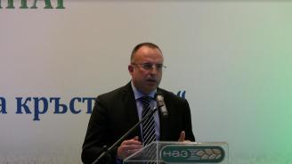 Министър Порожанов: Не се очакват преки загуби за българските производители след Брекзит