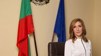 Николина Ангелкова е на работно посещение в Сърбия