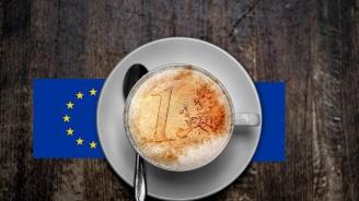 Какво се случи в страните, които приеха еврото?
