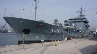 Кораби на НАТО акостираха във Варна
