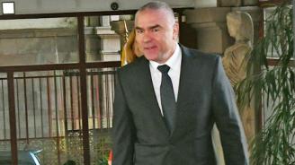 Марешки с отворено писмо до Борисов, призова го да озапти Каракачанов