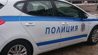 Мъж опитал да подкупиполицаив Димитровград