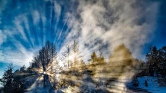 Климатологът проф. Рачев: Два дни студ не означава, че зимата се е завърнала