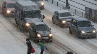 Хаос и в Гърция заради обилния снеговалеж