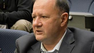 Миков коментира ефекта от бойкота на Корнелия Нинова