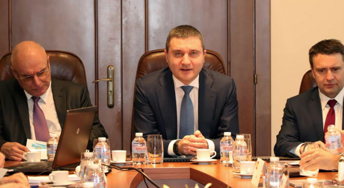 Владислав Горанов представи напредъка по мерките в плана за действие за приемането на България във ВКМ-ІІ и банковия съюз