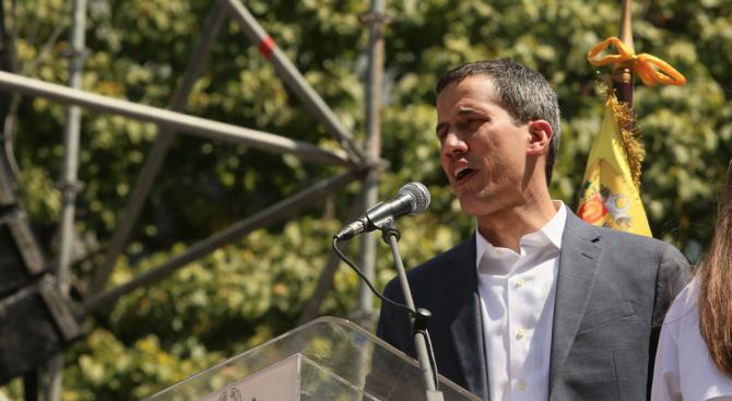 Гуайдо: Силовият път трябва да бъде последен вариант за решение на кризата във Венецуела