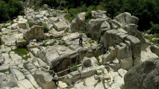 Държавата отпуска 250 000 лв. за новия археологически сезон в Перперикон