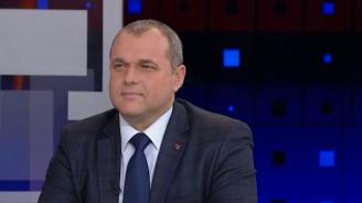 Веселинов: Нинова прави всичко възможно да няма стабилност в парламента