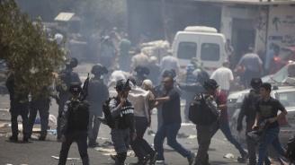 Десетки ранени и арестувани по време на протестите в Алжир