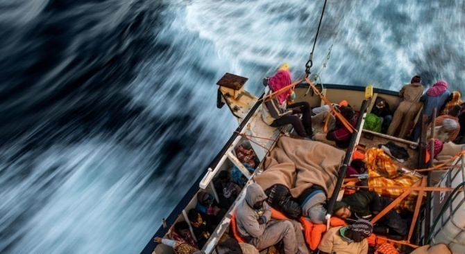 Малта спаси повече от 80 мигранти край италианския остров Лампедуза
