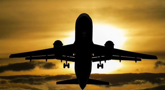 Самолетът, който излетя от Богота, в четвъртък вечерта, не успя