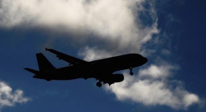 Пътници пострадаха от турбуленция по време на полет от Истанбул за Ню Йорк