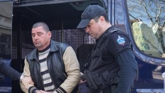 Убиецът от село Езерово остава в ареста