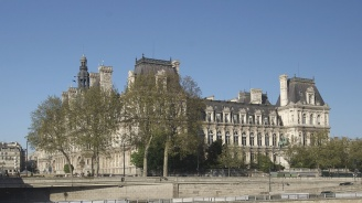 Франция ще облага с цифров данък големите технологични компании