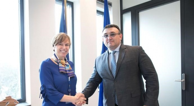 Министърът на вътрешните работи Младен Маринов и главният секретар на
