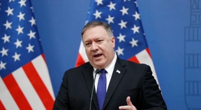 Вашингтон изтегля целия си дипломатически персонал от Венецуела