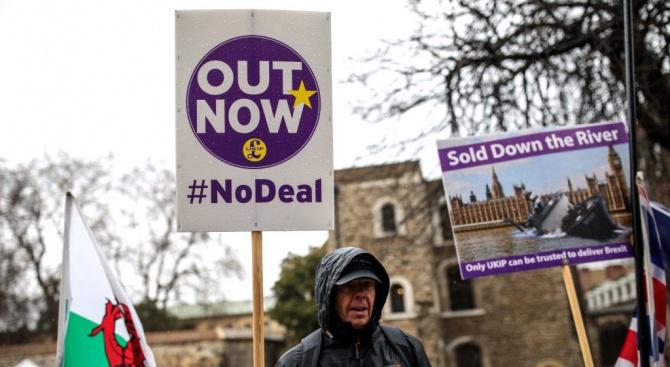 Говорител на Доналд Туск: Увеличава се вероятността за Брекзит без сделка