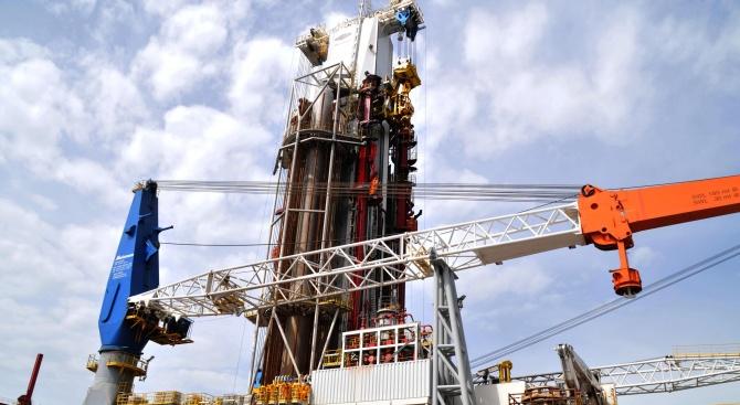 """Снимка: Срокът за търсене и проучване на нефт и природен газ в блок """"Хан Аспарух"""" ще бъде удължен със 109 дни"""