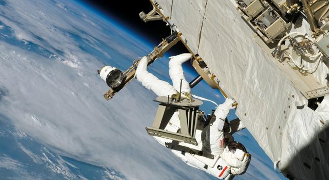 Космонавтите Овчинин и Кононенко излизат в открития космос на 29 май