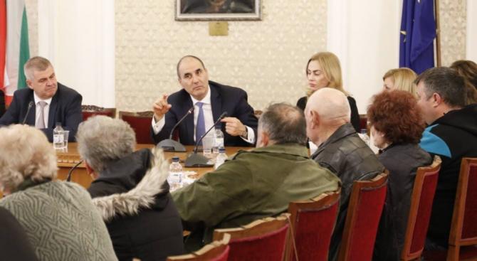 Цветанов се срещна с граждани от община Медковец
