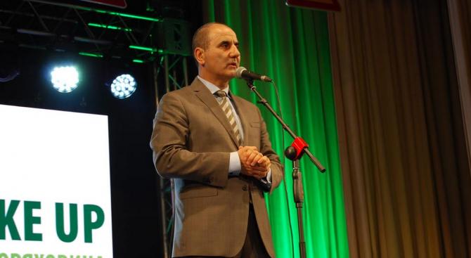 Цветанов: Превенцията и информационните кампании възпитават по-добре шофьорите от наказанията