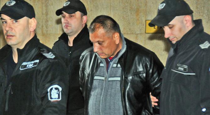 Оставиха в ареста Пандурито, който беше задържан вчера при акция в Бургас