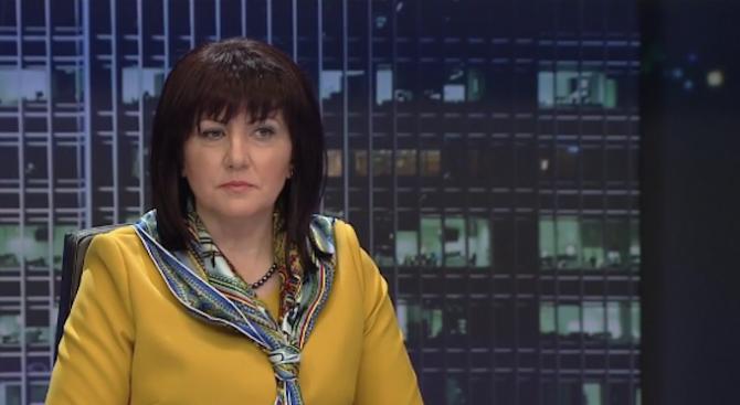 Караянчева: Няма парламентарна криза, ДПС не ни правят кворума