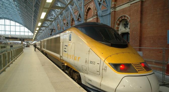 Трафикът на влаковете Евростар (Eurostar), тръгващи от Северната гара на