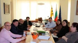 Община Перник изготвя график за извозване на растителния отпадък по райони и кметства