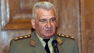 Началникът на отбраната ген. Андрей Боцев посрещна своя колега от Република Азербайджан