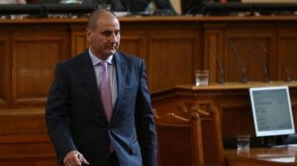 Цветанов: В Закона за вероизповеданията няма да има амнистиране на дълговете, а отсрочване