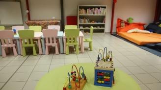 Уволниха детска учителка заради избягало момиченце