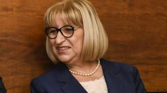 Цачева информира депутатите за условията в затворите