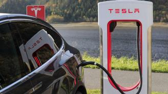 Тесла представи електрическия автомобил с висока проходимост Модел Уай