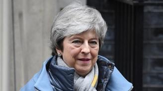 Тереза Мей: Подкрепете споразумението ми или се гответе за дълго отлагане на Брекзит
