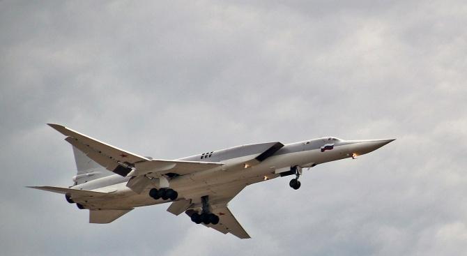 Русия разположи ескадрила стратегически бомбардировачи-ракетоносци Ту-22М3 на Кримския полуостров, предадоха