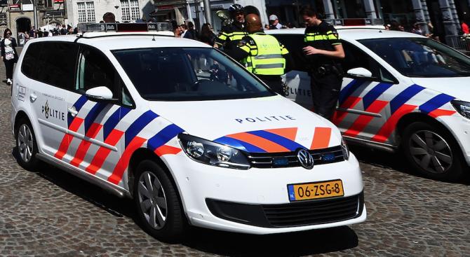 Холандската полиция е задържала още един мъж по подозрение, че
