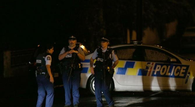 Началникът на новозеландската полиция Майк Буш изрази днес предположение, че