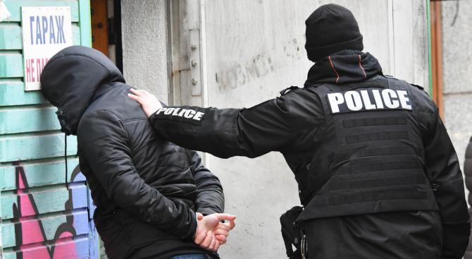 22-годишен младеж от русенско село е арестуван за блудство с