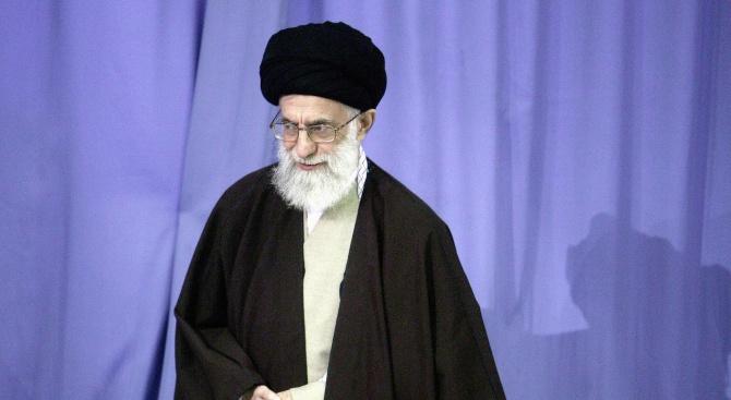 Работете здраво, заяви иранският религиозен лидер Али Хаменеи, предаде ТАСС.