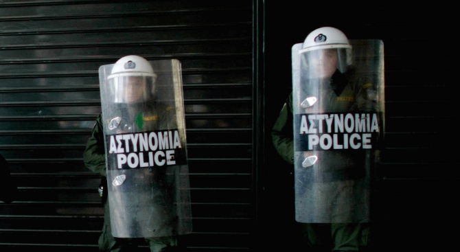 Пенсиониран гръцки военен уби българската си любовница и сложи край