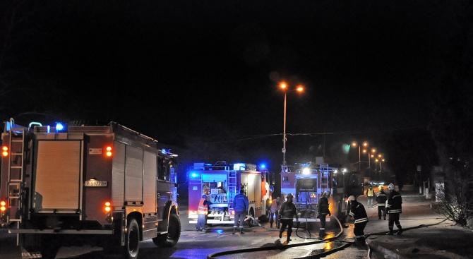 Около 2 часа през нощта се е запалило кухненското помещение