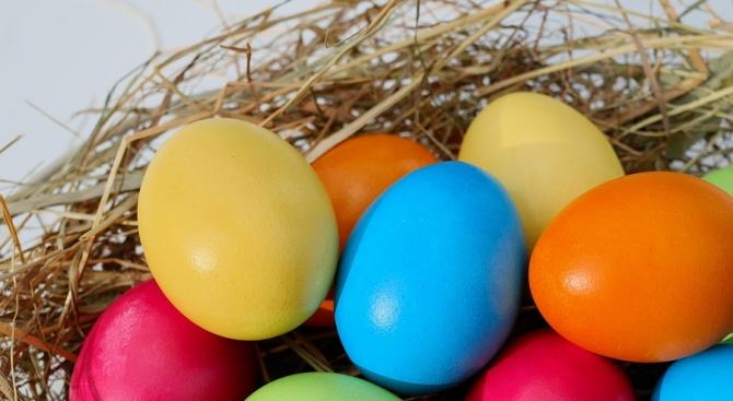 Месец преди Великден яйцата започнаха да поскъпват. Това показват данните