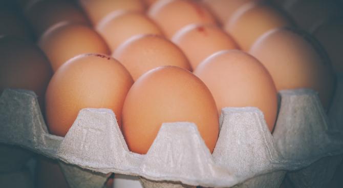 Месец преди Великден яйцата започнаха да поскъпват. В четири области