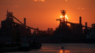 Износът на Япония  спада за трети  пореден месец