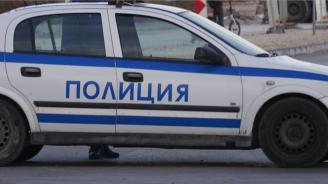 Задържаха мъж, ударил жена и заплашвал полицай